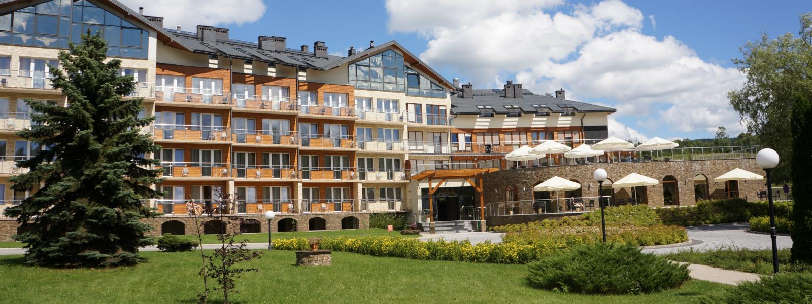 hotel Activa w Beskidzie Sądeckim - widok z przodu